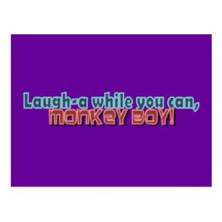 Ría mientras que usted puede Monkey diseño del Postal