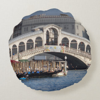 Rialto Bridge Venice Italy Round Pillow