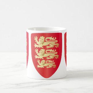 Richard el escudo del corazón del león en taza