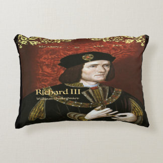 Richard III Accent Pillow