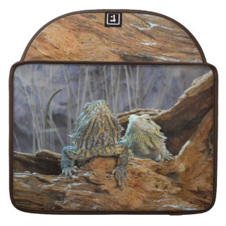 Rickshaw Flap Sleeve with two curious lizards Sleeve For MacBook Pro