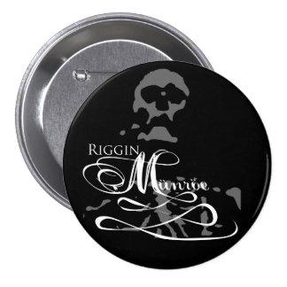 Riggin Münröe band button