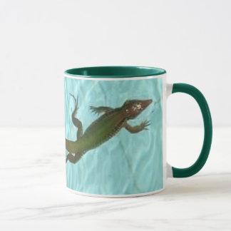 right-handed Swimming Lizard mug