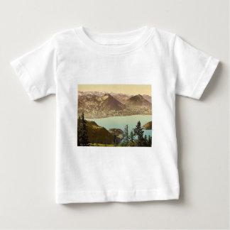 Rigi Scheidegg, mirando hacia las montañas de Remera