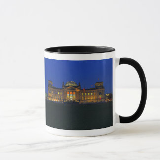 Ringer cup black Berlin Reichstag in the evening