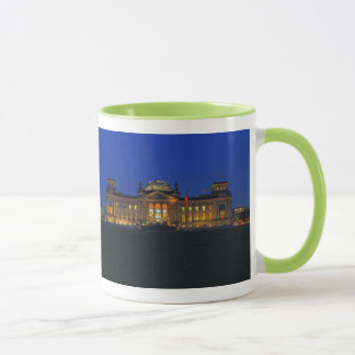 Ringer cup green Berlin Reichstag in the evening
