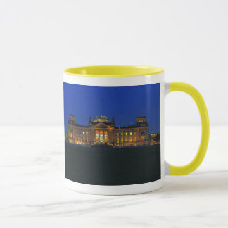 Ringer cup yellow Berlin Reichstag in the evening