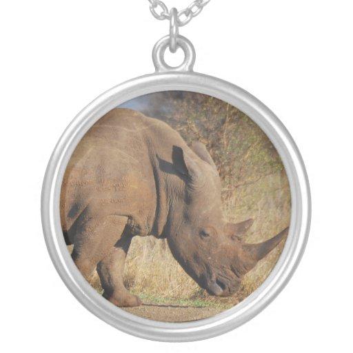 Rinoceronte Colgante Redondo