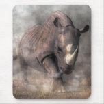 Rinoceronte enojado alfombrillas de ratones