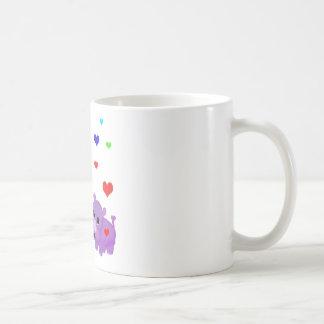 Rinoceronte lindo GLBT del corazón del arco iris d Taza De Café