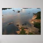 Río de Essequibo, el río más largo en Guyana, y 2 Posters