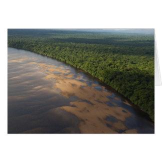 Río de Essequibo el río más largo en Guyana y 3 Tarjetón