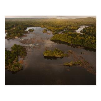Río de Essequibo el río más largo en Guyana y 4 Postales