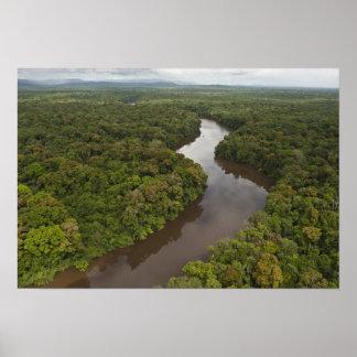 Río de Essequibo el río más largo en Guyana y 5 Impresiones