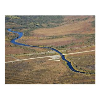 Río de Kanuti, carretera de Dalton, y pipa del tra Postal