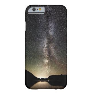 Río de la galaxia funda barely there iPhone 6
