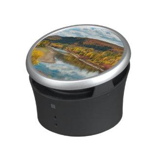 Río de Yampa en otoño Altavoz Bluetooth