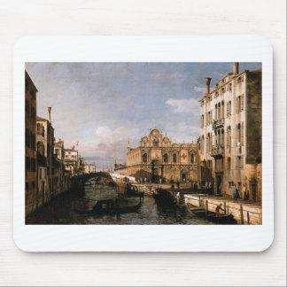 Rio dei Mendicanti and the Scuola di San Marco Mouse Pad