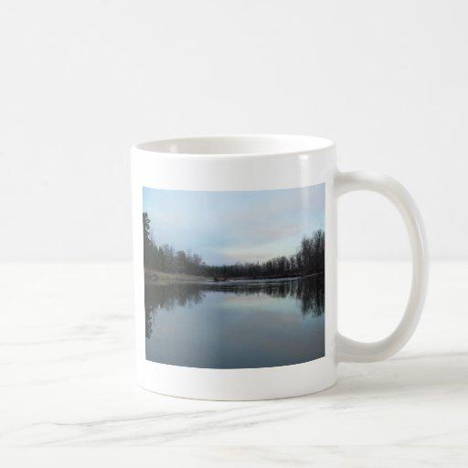 Río Misisipi - reflexión de la mañana Tazas