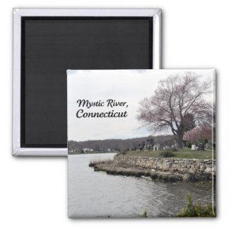 Río místico, Connecticut Imán