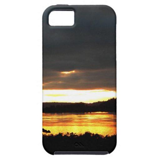 Río que brilla intensamente iPhone 5 carcasas