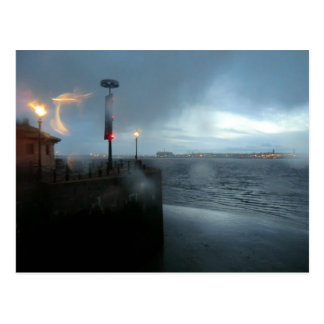 Río tempestuoso Mersey Tarjetas Postales