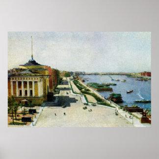 Río y el Ministerio de marina de St Petersburg Póster