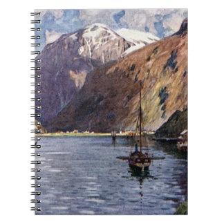 Río y montañas noruegos libro de apuntes con espiral