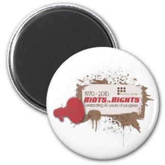 Riots Magnet Standard