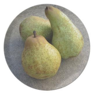 Ripe pears dinner plate