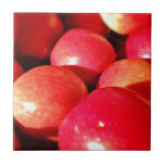 Ripe red apples tile