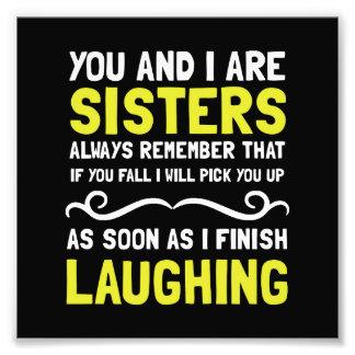 Risa de las hermanas cojinete