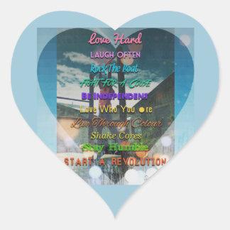 risa dura del amor a menudo pegatina en forma de corazón