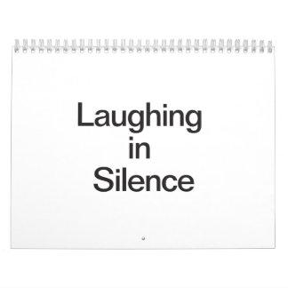Risa en silencio calendario