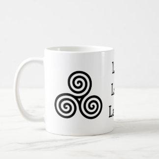 Risa viva del amor del espiral triple taza de café