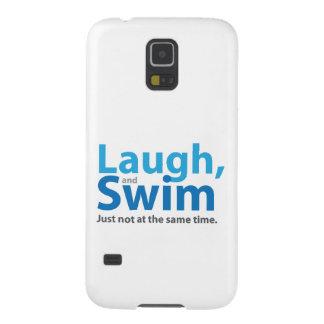 Risa y nadada… pero no al mismo tiempo