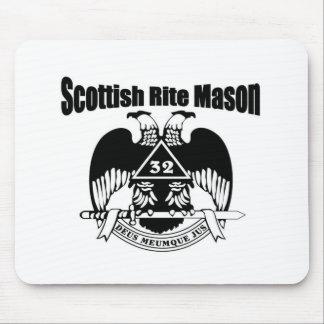 Rito P.M.-Escocés Mousepads