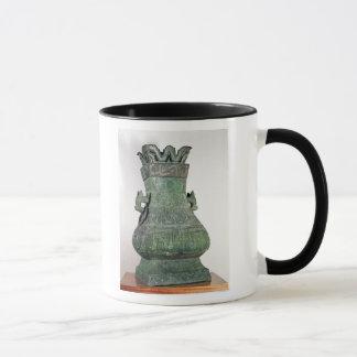 Ritual 'Hu' vase, Chou Dynast Mug