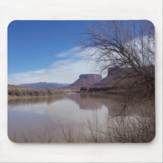 River pic mouse pad