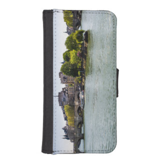 River Seine Ile De La Cite in Paris Photograph iPhone SE/5/5s Wallet Case