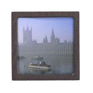 River Thames and Houses Premium Keepsake Box