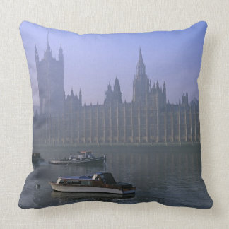 River Thames and Houses Throw Pillow