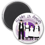 Riyah-Li diseña Kickin él Amish Imán Redondo 5 Cm