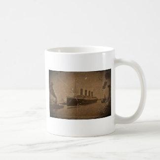 RMS Southhampton titánico Taza Básica Blanca