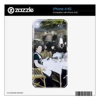 RMS Titanic 1st Class Passengers Enjoy Luxury Decals For iPhone 4