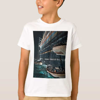 RMS Titanic Launching of the Lifeboats Vintage T-Shirt