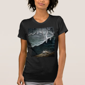RMS Titanic Under the Sea and Icebergs Vintage T-shirts