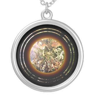 rn 33 round pendant necklace