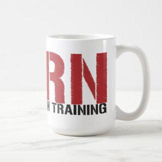 RN en el entrenamiento (estudiante del oficio de e Taza