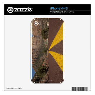 Road-kill viewpoint decals for the iPhone 4